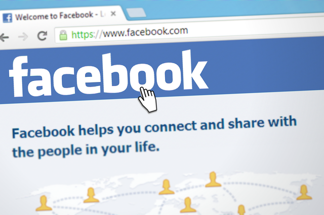 Reklama naFacebooku